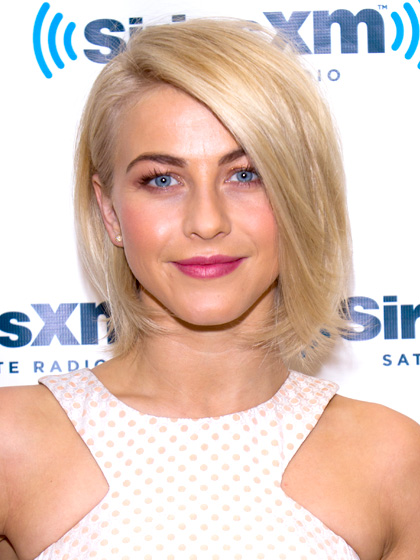 older-julianne-hough-hair
