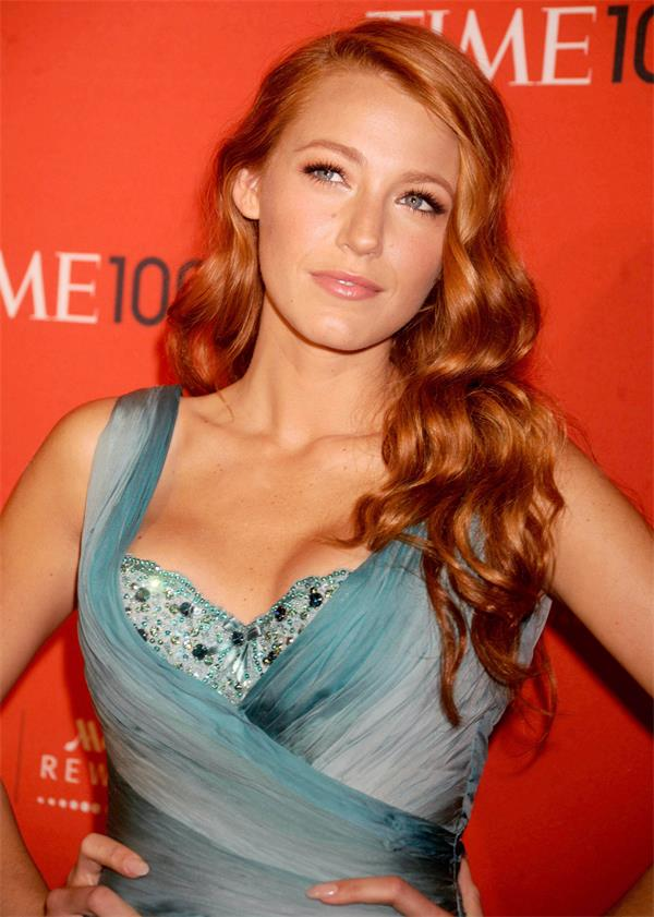 strawberry gold blake-lively